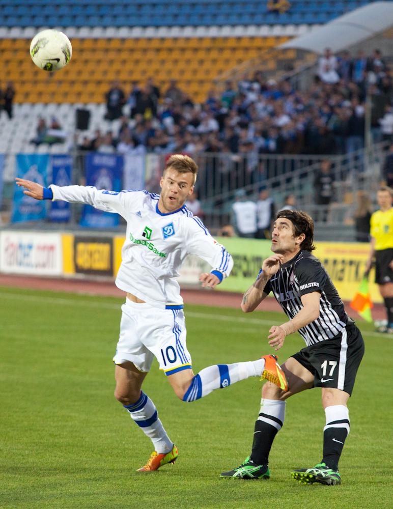 Статья: 'Заря' - 'Динамо'. ФОТОгалерея от lugansk-football.com